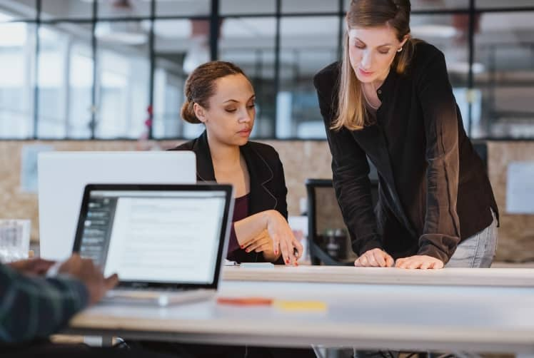 benefits of hiring a freelancer