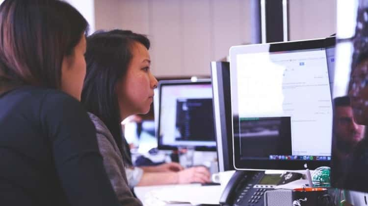 Programming Languages Among Female Programmers